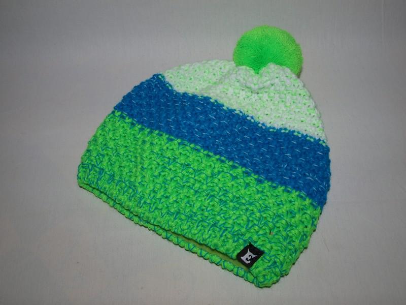 b5464f7a419 Zimní čepice s bambulí pruhy zelená   modrá   bílá